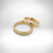 Vestuviniai žiedai Nr. 132 - geltonas auksas 585, briliantas