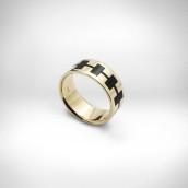 Žiedas - raudonas auksas 585, emalis
