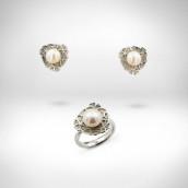 Rinkinys - auskarai ir žiedas - baltas auksas 585, gėlavandeniai perlai 9,5 mm