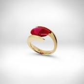Žiedas - geltonas auksas 585, rubinas