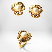 Auskarai ir žiedas - auksas 750, perlai