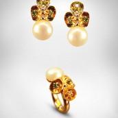 Auskarai ir žiedas - auksas 750, perlai, smaragdai, briliantai