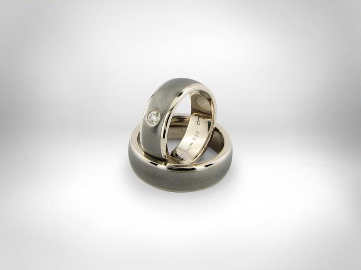 Vestuviniai žiedai - auksas 585, titanas, deimantas