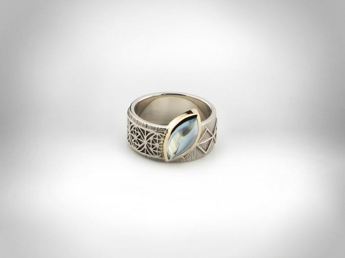 Žiedas - baltas auksas 585, geltonas auksas 750, akvamarinas