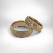 Vestuviniai žiedai • Rausvas auksas 585, deimantai. Pirštų antspaudai išdeginti lazeriu